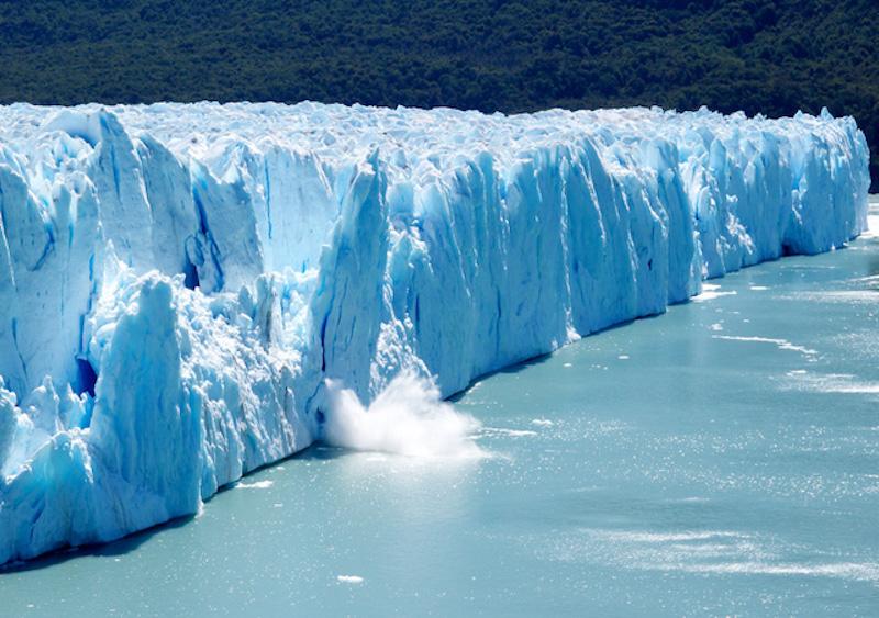 Antarktika'da büyük bir buz kütlesi daha koptu…