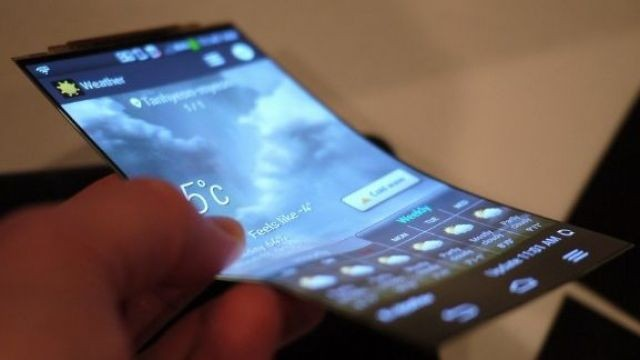 İşte Samsung'un Yeni Katlanabilir Telefonu !