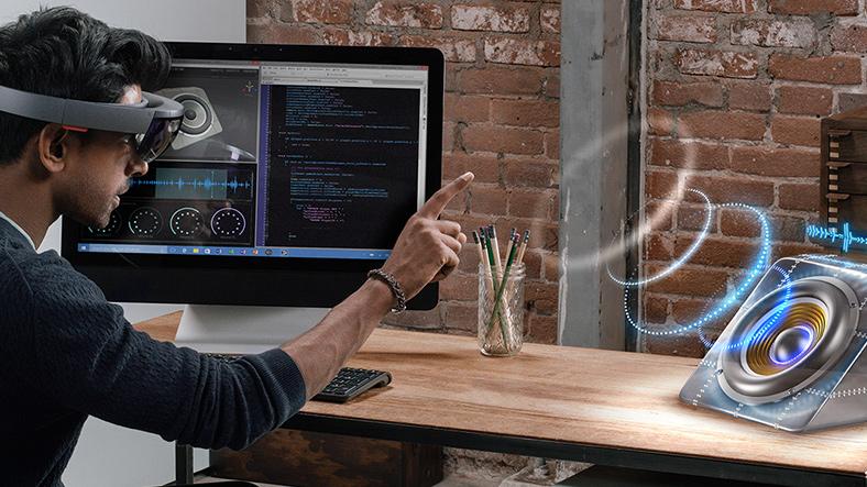 Microsoft HoloLens Türkiye Pazarına Geliyor !